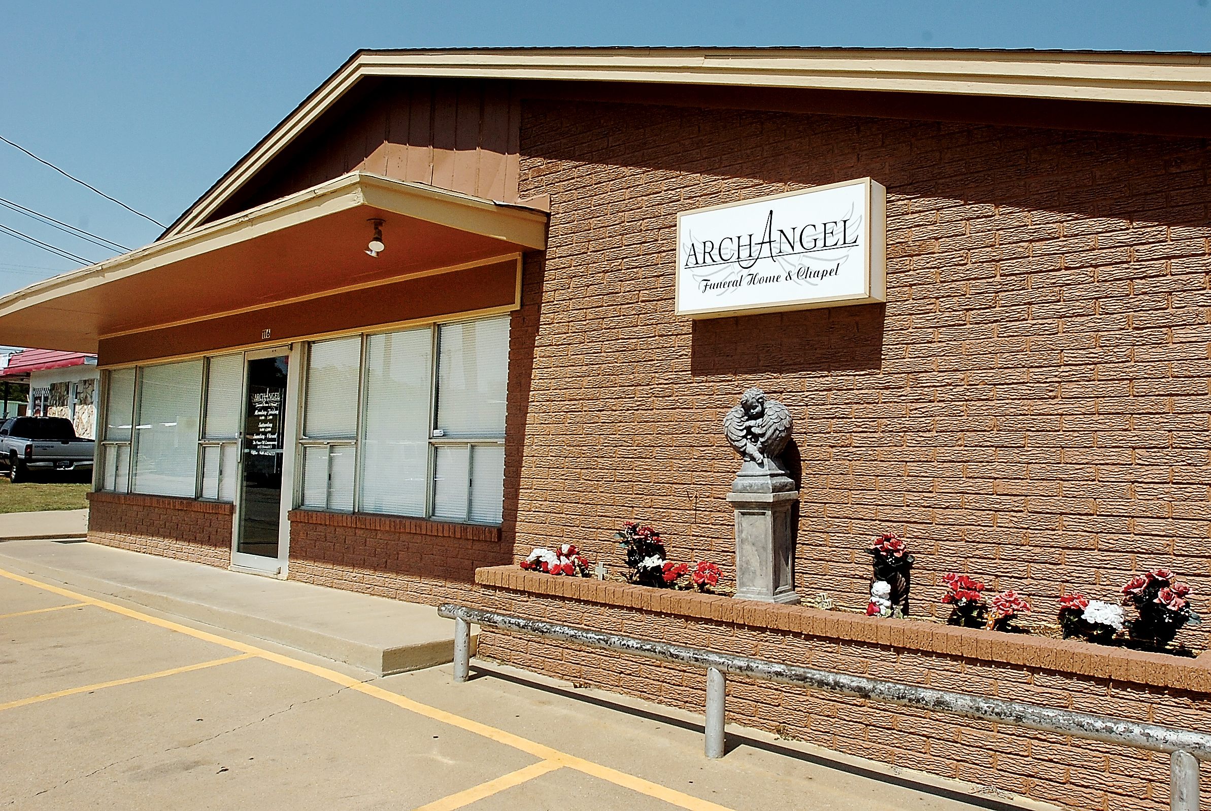 State agency shuts down funeral home News
