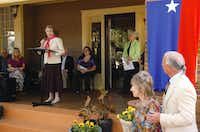 Lucile Rayzor Hutchinson, granddaughter of James Newton and Eva Tabor Rayzor, speaks Saturday at the Texas Historical Marker dedication for their residence at 1003 W. Oak St.David Minton - DRC