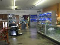 North Texas Vapor Shop & Aquarium Lounge sells electronic cigarette devices, accessories and supplies, as well as tropical saltwater aquariums for homes and businesses. Denise and Jeremy Speight opened the business earlier this year.Karina Ramírez - DRC